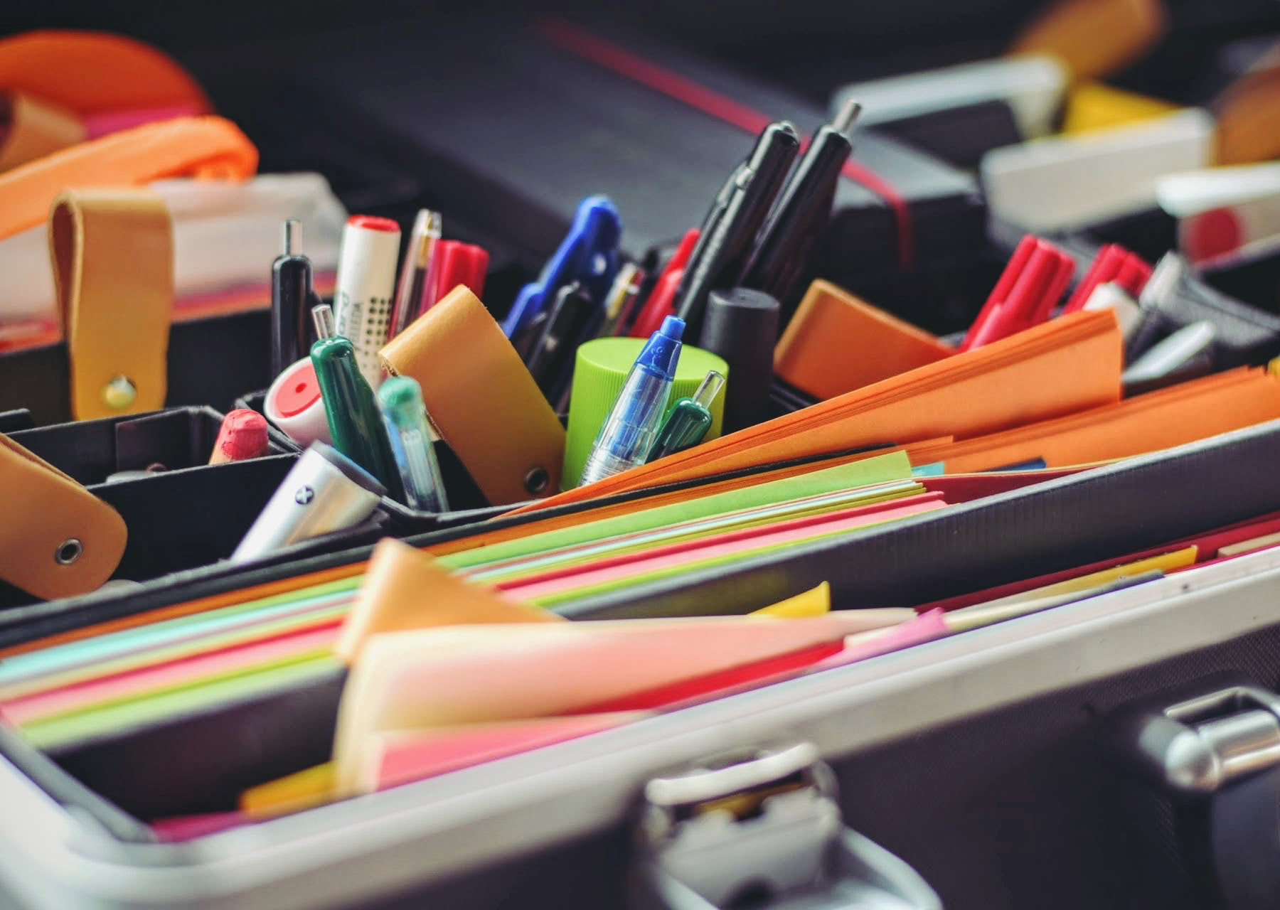 Tips for keeping your design work organised - image from pexels.com